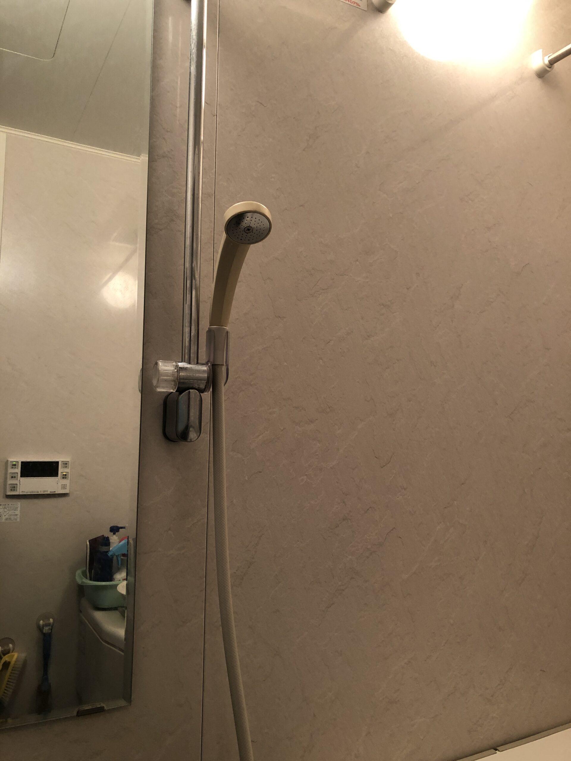 シャワー交換前の写真