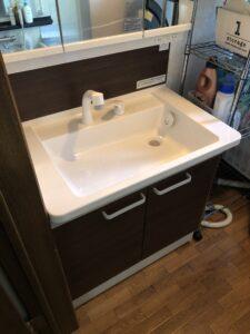 交換後の洗面化粧台の写真